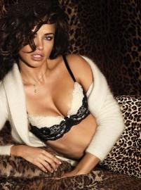 adriana-lima-hot-lingerie-51-600x808