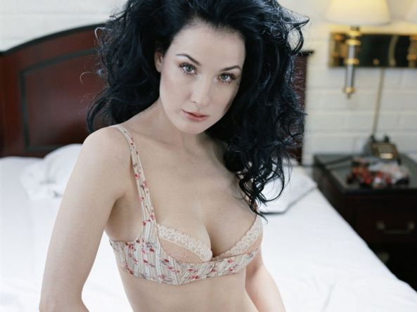 Dita_von_Teese_nude