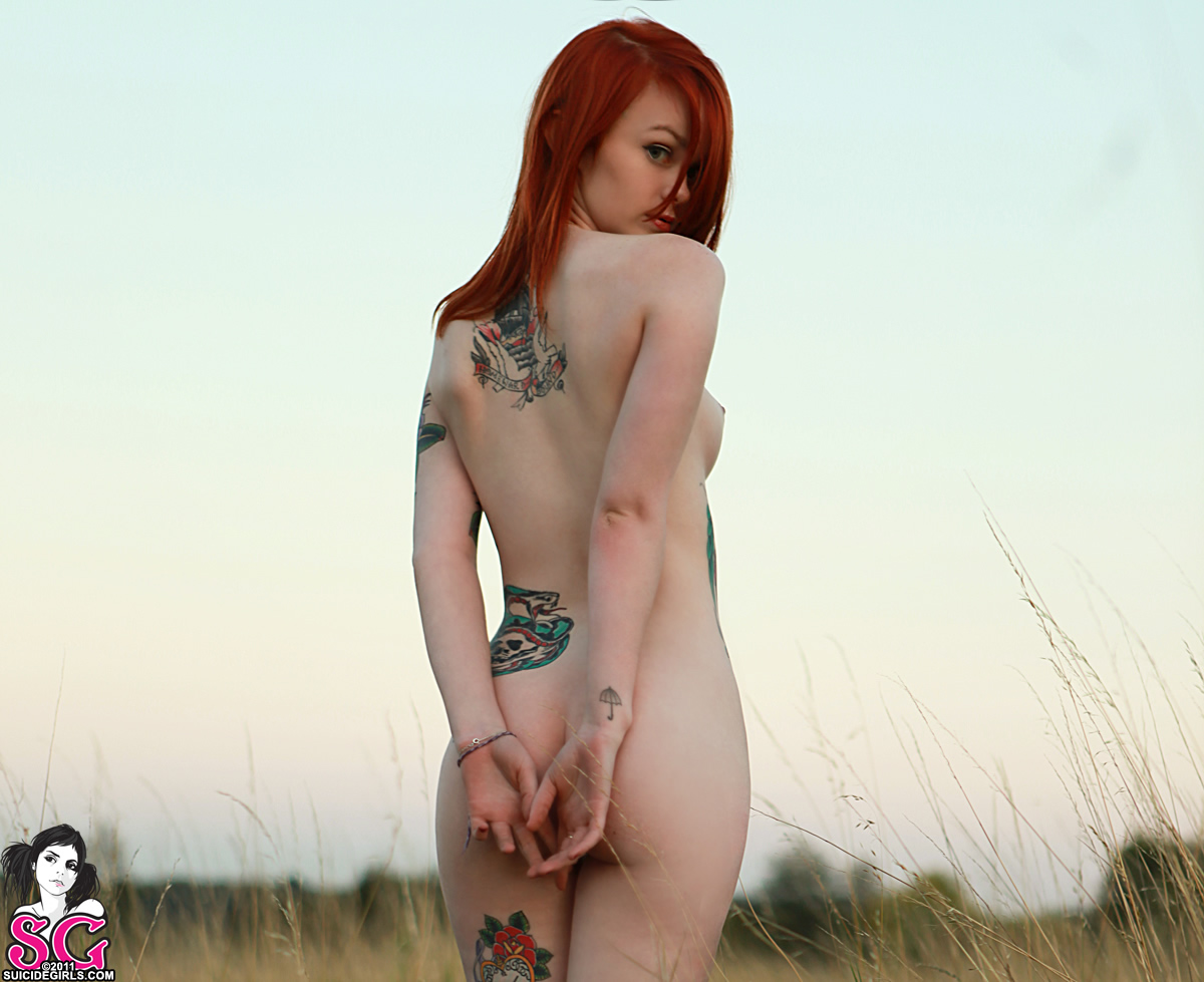 Lass For Suicide Girls | artmystic