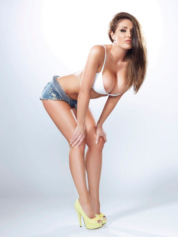 lucy-pinder-9