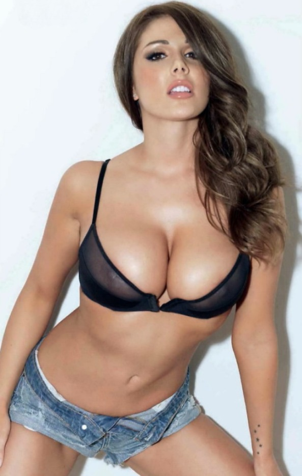 Lucy_Pinder_Picture7