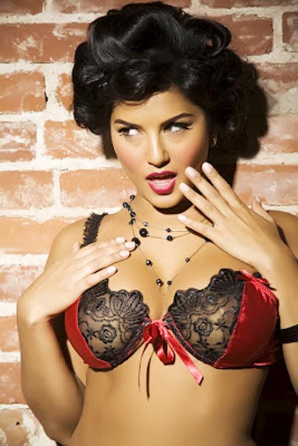 Sunny Leone Unseen Hot Photos