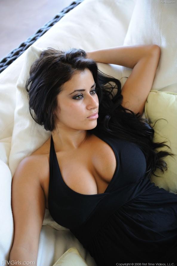Alexa Loren20