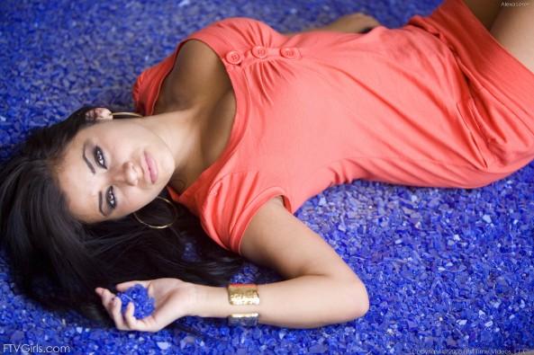 Alexa Loren8