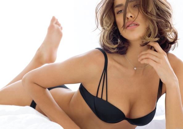 Irina Shayk18