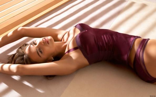 Irina Shayk21