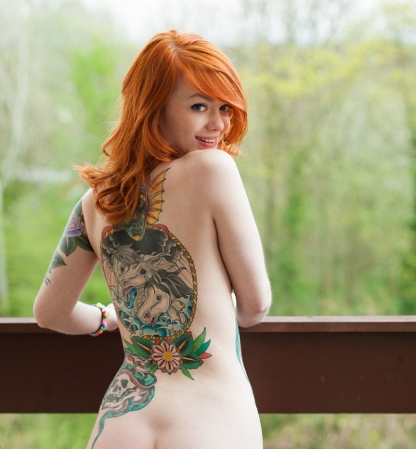 [SUICIDEGIRLS] Lass - Waiting for the sun