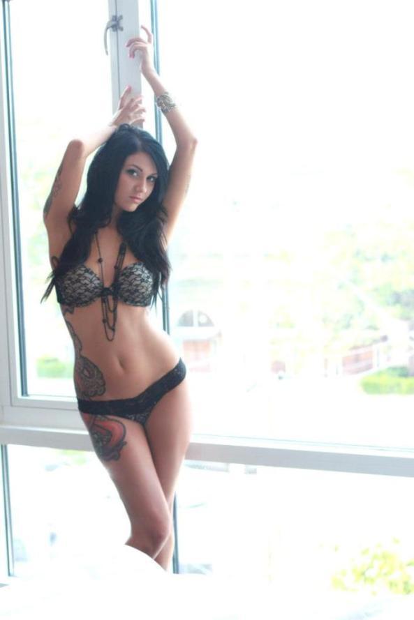 Lisa Zee37