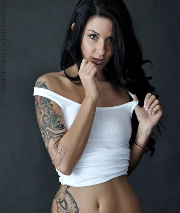 Lisa Zee9