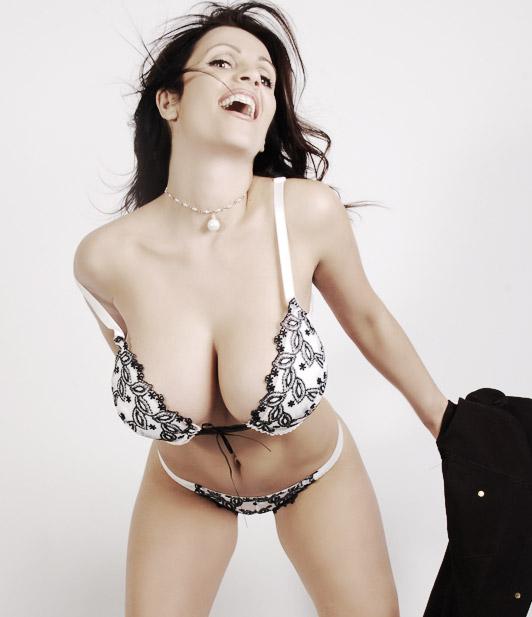 Denise Milani - Lingerie 4