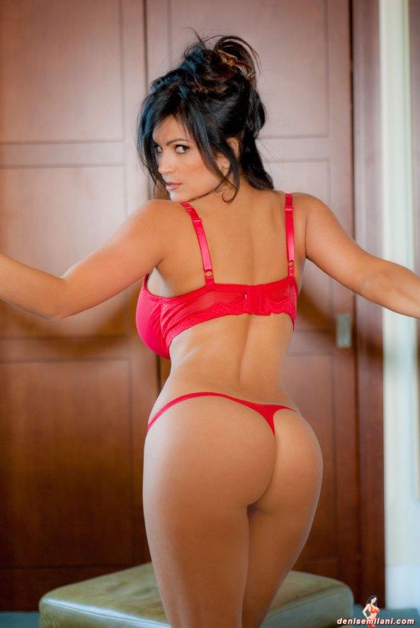 Denise Milani16