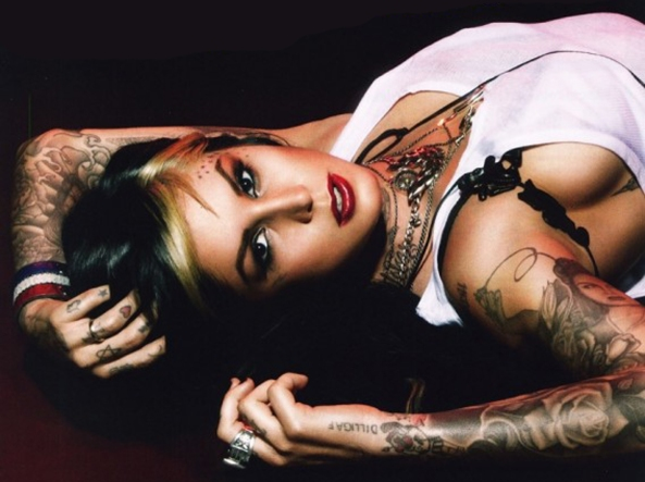 kat-von-d-without-tattoos-photos-5
