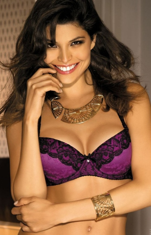 Analu-Campos-gorteks-lingerie-30-660x1024