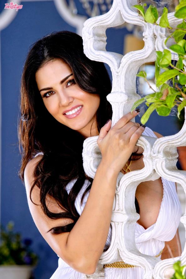 Sunny Leone4
