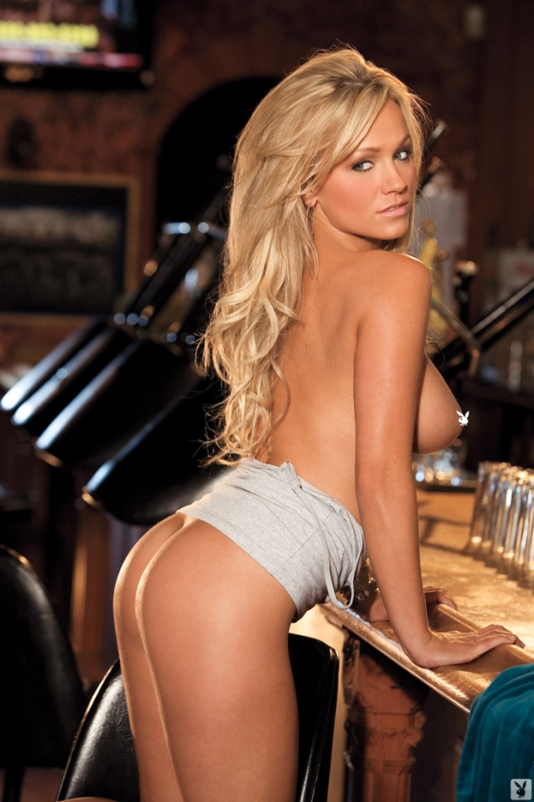 heather-knox-playboy-playmate-miss-january-2012-1