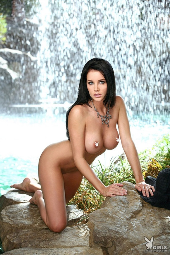 brandi_bryant_in_front_of_a_waterfall-14