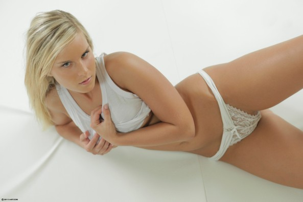 Mary in White Hot6
